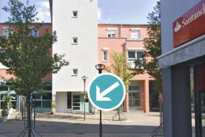Praxiseingang vom Gambrinusplatz